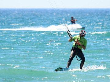 Course: Kitesurfing Lessons All Level - Semi Private Course In Tarifa