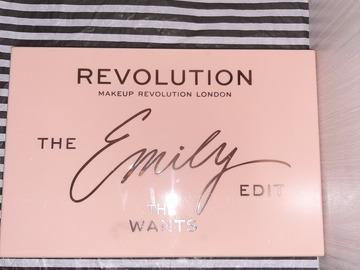 Venta: Revolution cosmetics