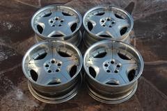 Selling: Autocouture Supreme 19inch 3PIECE WHEELS