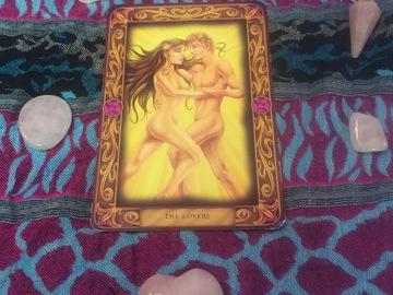 Selling: Lovers rose quartz reading