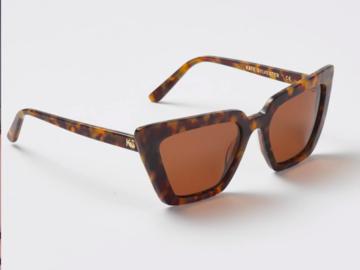 Selling: Peggy Sunglasses