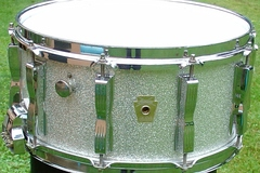 Selling with online payment: 1990s LUDWIG Classic 6 1/2 x 14 wood snare LC-472 w/ P87 throw of