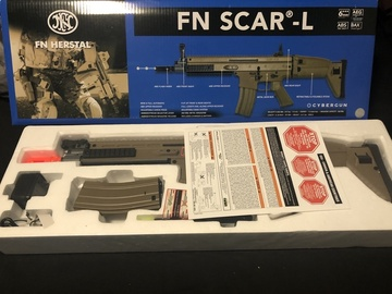 Selling: FN Scar-L and MP5 Swordfish