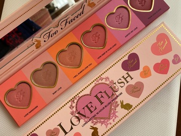 Venta: Paleta coloretes Too Faced  Love Flush RESERVADA