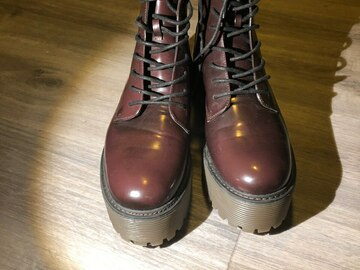 Selling: NEW BOOTS - Size 41