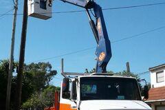 En alquiler: Camion con hidrogrúa de 25 tnm