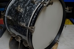 SOLD!: SOLD!Ludwig 14x20 bass drum, sixties vintage, black diamond pearl