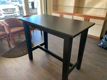 Selling with online payment: Bar Table