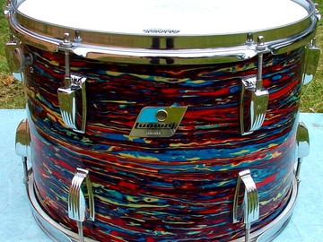 Selling with online payment: Early 1970s LUDWIG 10 x 14 Psychedelic red mounted tom