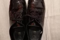 Selling: Black formal shoe