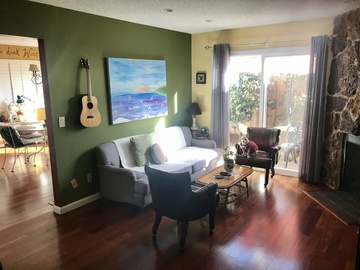 Rent Podcast Studio: Open House in Lomita