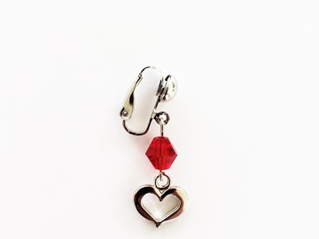 Selling with online payment: Non-Piercing VCH Clip with Heart