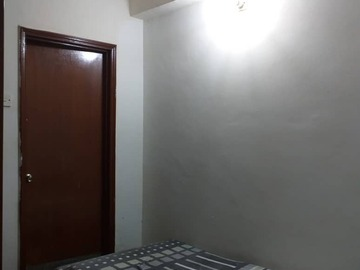 For rent: Bistari Condo Small Room for rent