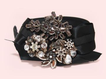 : Barney Fiore Crystals Embellished Bow Handmade Headband