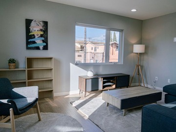 Renting out without online payment: Union Apartment - East Hollywood Loft-style 3B3B