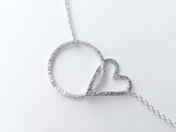 Selling with online payment: Sterling silver day collar, o-ring & heart, 14 1/2""