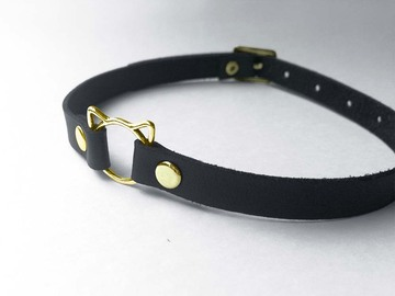 Selling with online payment: Black faux leather kitty play collar, gold o-ring, size M-L