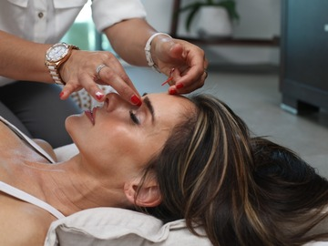 Offering - services per hour: Therapies by Eileen