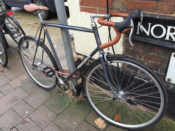 Renting out: Sweet road bike