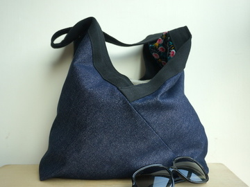 : Reversible medium bag by Yvonne & Annette