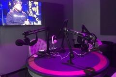 Rent Podcast Studio: Burbank Podcast Studio