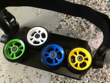 """Selling with online payment: 4 pairs of 4""""front wheels"""
