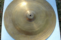 "Selling with online payment: 20"" China type crash cymbal"
