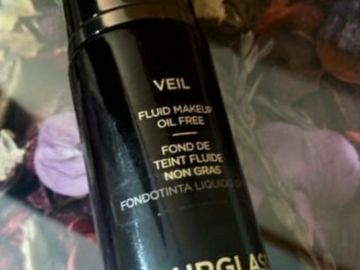 Venta: Base de maquillaje Veil Hourglass.
