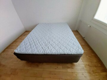 Selling: QUEEN SIZE BED free DELIVERY