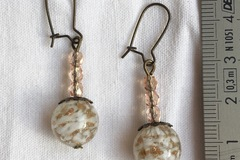 Vente au détail: Boucles d'oreilles perle de verre