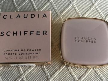 Venta: Claudia Schiffer & art deco