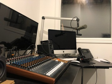 Rent Podcast Studio: Modern Leslieville Podcast Studio