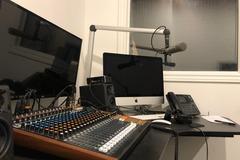 Rent Podcast Studio: Modern Leslieville Podcast Studio
