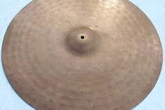 "Selling with online payment: KINGSTON 22"" trash gong hammered ride cymbal  Unique sound"