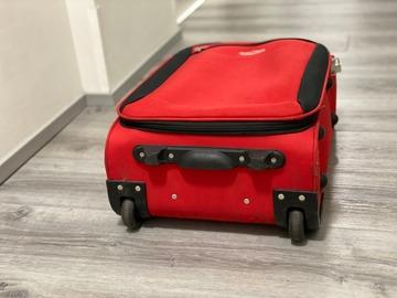Selling: Cavalier matkalaukku / käsimatka