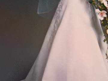 Ilmoitus: Kaunis ranskalainen hääpuku