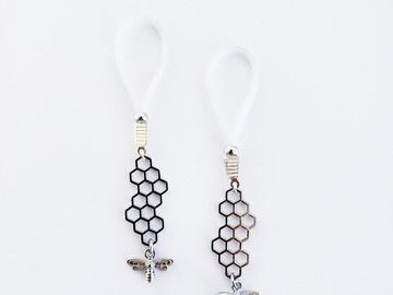 Selling with online payment: Silver Bee and Honeycomb Nipple Dangles  Non-Piercing