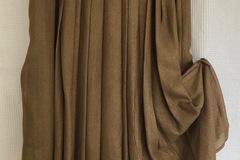 Selling: Gold metallic pleat skirt