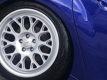 Selling: Fifteen52 Formula GT