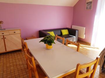 Location par mois: Gîte F3 - Surtainville (42 m²)