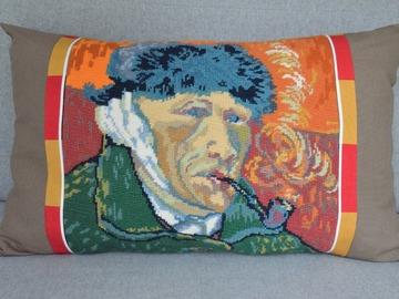 """Vente au détail: Grand coussin """"Vincent"""", mixant canevas kitsch et tissu uni"""