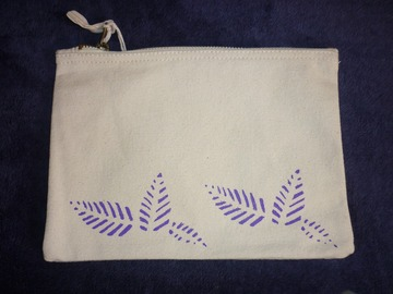 Sale retail: Pochette, trousse