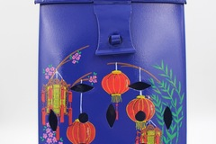 : Blue Mailbox with Lanterns design