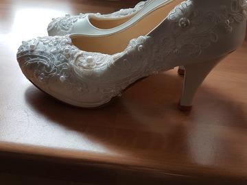 Ilmoitus: Uudet kengät