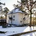 Renting out: Työtila Kulosaaren pappilassa/Workspace in Kulosaari clergy house