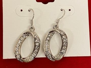 Buy Now: 50 PAIRS-- Swarovski Crystal rhinestone earrings- $1.99 pair