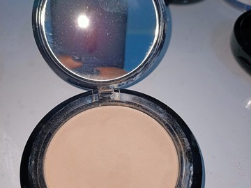 Venta: NYX stay matte but not flat powder foundation nude beige