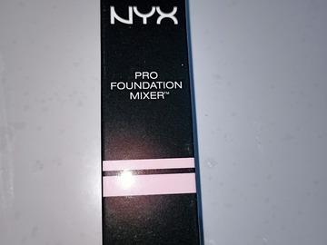 Venta: NYX pro foundation mixer 0palescent 01