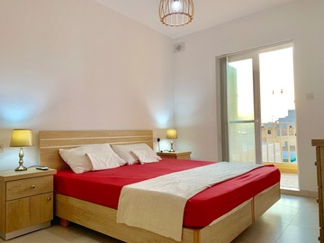 Rooms for rent: Double Room With Terrace