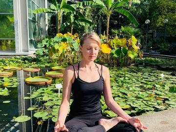 Private Session Offering: Yin yoga (after work)